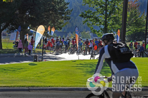 For starting lines or along the route of races, Teardrop and Feather banners are an attractive way to advertise, feather banners spokane