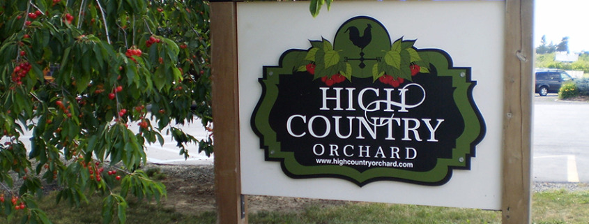 this sign for High Country Orchard in GreenBluff Spokane is digitally printed and looks great