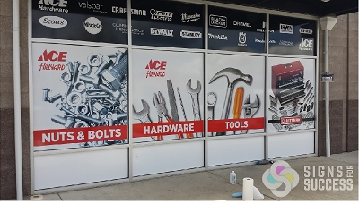 Ace Hardware Signs For Success