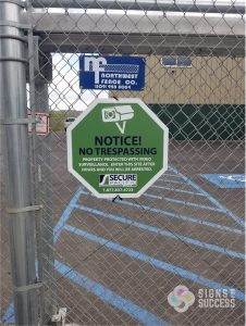 Corrugated Security Fence Signs and Graphics